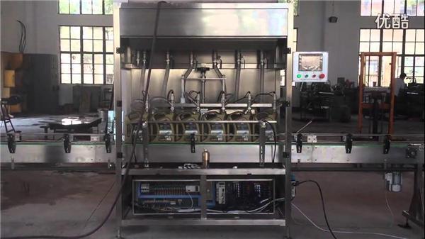 شنومكس-شنومكسل المكبس التلقائي زجاجة زيت ملء آلة