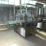Awtomatikong Volumetric Liquid Bottle Filling Machine