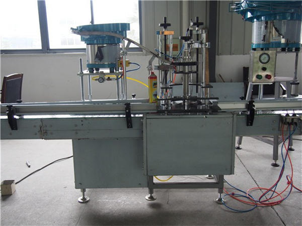 24 Heads Bottle Toilet water Filling Machine