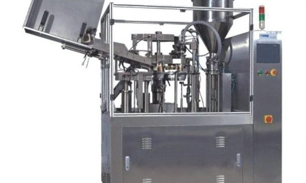 Cream Tube Filling Packing Machine Producenter